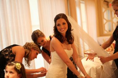 Bride and bridesmaids_Traditional
